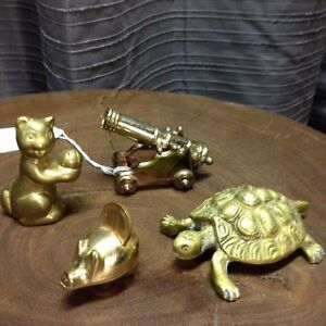 Lot d'objet divers miniature en brass