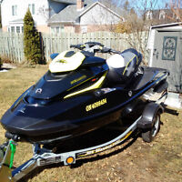 2012 SeaDoo RXT 260 (only 19 Hrs)..with new water skis