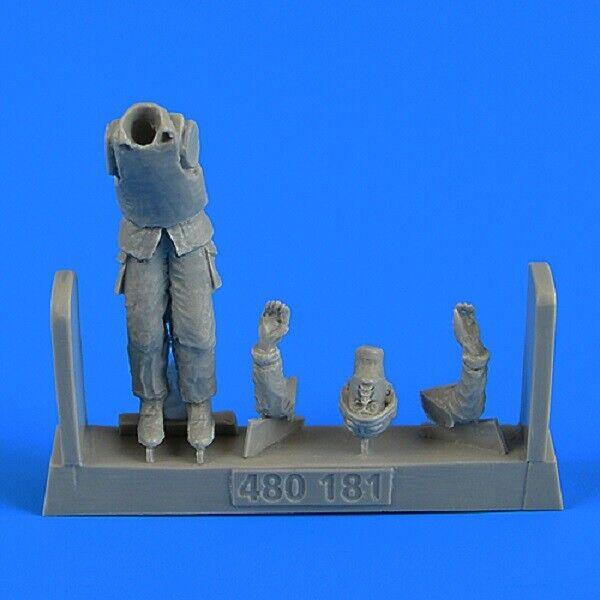 Aires 4801811/48 Modern BAE Warrior British Army Gunner