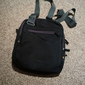 Tablet/Netbook carrying bag