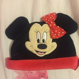 Minnie Mouse hat not worn