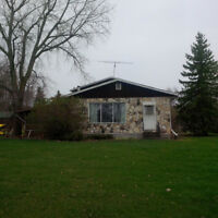 House to be MOVED- North of Dominion City