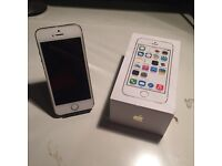 ~ APPLE IPHONE 5S 32GB EXCELLENT CONDITION BOXED ~