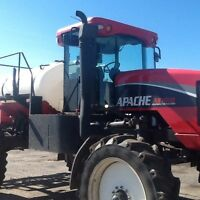 Apache 1010 High Clearance Sprayer