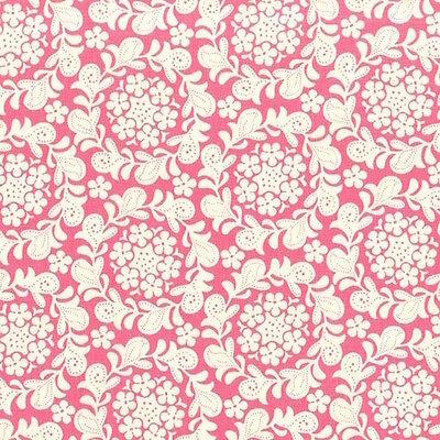 Henna Strawberry (Michael Miller Sandi Henderson Strawberry Moon Petit Henna Garden Petal BHY)