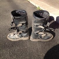 Youth/child motocross boots & pants