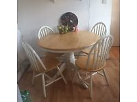 Wooden Round Kitchen/dining Table & 4 Chairs.
