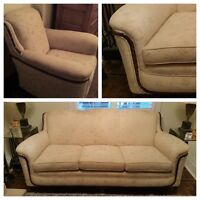 VINTAGE SOFA & CHAIR SET/MAHOGANY TRIM/NEW HIGH END UPHOLSTERY