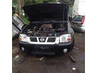 Breaking Nissan Navara d22