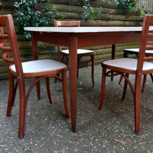 Vintage Extendable Dining Table And Four Chairs