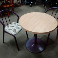Round Pedestal Table & 2 Chairs