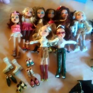Collection of Bratz Dolls