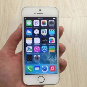 7 x iPhone 5S 32gb Black/Gold/Silver Charge Cable Warranty Surfers Paradise Gold Coast City Preview