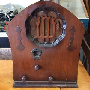 1930 Clarion Jr. Cathedral Electric Radio