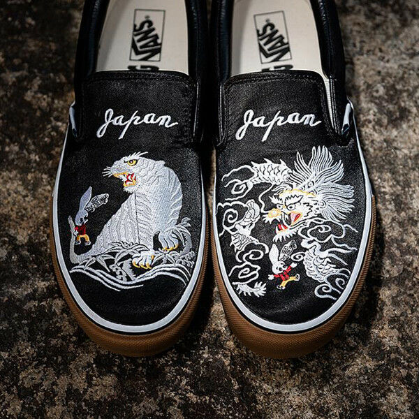 Details about Rollicking x Vans Slip On Black Skajum 2018 Dragon Tiger Souvenir ASIA EXCLUSIVE
