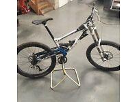 Lapierre dh720 full suspension down hill bike