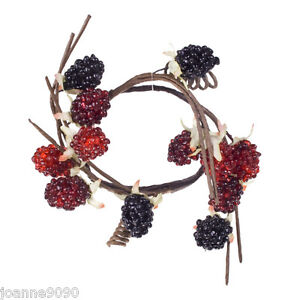 GISELA-GRAHAM-RED-BLACKBERRY-TWIG-CANDLE-RING-CHRISTMAS-WREATH-TABLE-DECORATION