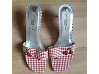 NEW 1950's Rockabilly Red Gingham shoes 6