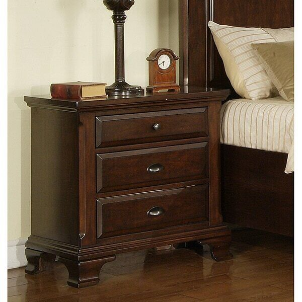 Bedroom/Bedside Transitional Cherry Wood Nightstand Table Furniture W/ 3 Drawers