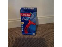 Rechargeable window cleaner