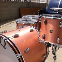 Wanted: Snare, hi-hats, cymbal stand and throne