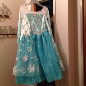 Elsa dress size 9-10( Disney Store )