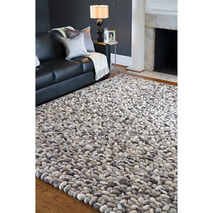 Modern City Chic Rock Rug: Never been used!