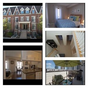 MULTI-LEVEL CONDO TOWNHOUSE WITH OVER 1000 SQFT IN KING WEST!!!