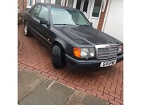 MERCEDES 300 E w124 - CLASSIC - OPEN TO OFFERS !!!