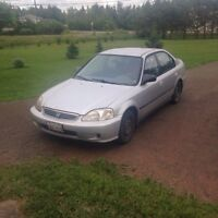 Honda civic 2000 for parts