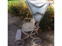 Cumfifolda dolls pushchair vintage
