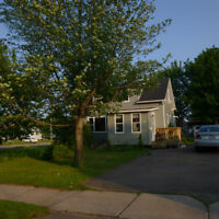 room for rent to Moncton NBCC students Sept 15/June16(non smoker