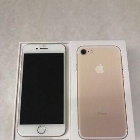 iPhone 7 128gb ( GOLD ) Unlocked ** New In Box **