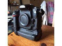 Nikon D300s DSLR Body + Battery Grip
