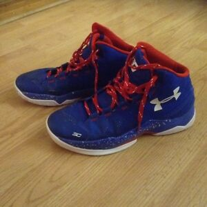 Curry 2'. Basketball sneakers size 9 1-2