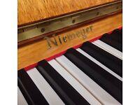 Niemeyer upright piano - Blond Ash case