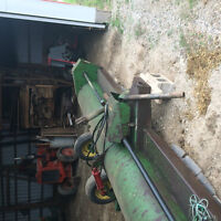 John Deere 27A stalk chopper