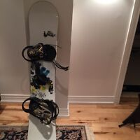 Burton snowboard great condition at low price