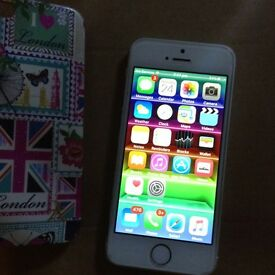 iPhone 5s 32g immaculate unlocked