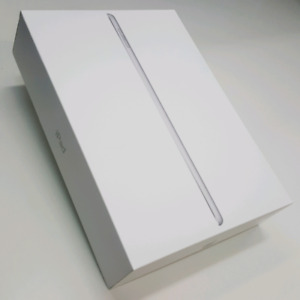 BRAND NEW IPAD 5 32GB WIFI PLUS CELLULAR SILVER COLOUR
