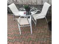Outdoor table chairs