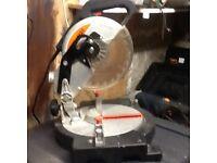 Challenge 1200w compound chop mitre saw