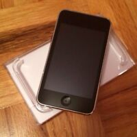 IPod touch second generation 8gb with original box