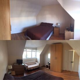 Large Double Room in Tooting Bec