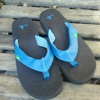 NEW Womens Size 7 - Blue SANUK Sandals