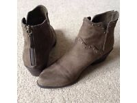 JustFab Ankle Boots, Size 7, Brown, Suede effect, Virtually brand new