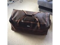 Xxl wheeled travel luggage holdall brown as new