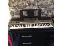 Yamaha E443 electric organ