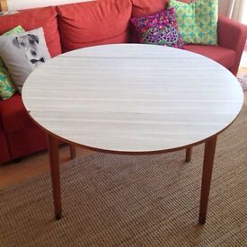 Round Dropleaf Table dining kitchen table