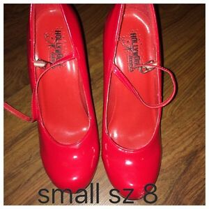 Small sz 8 red heal